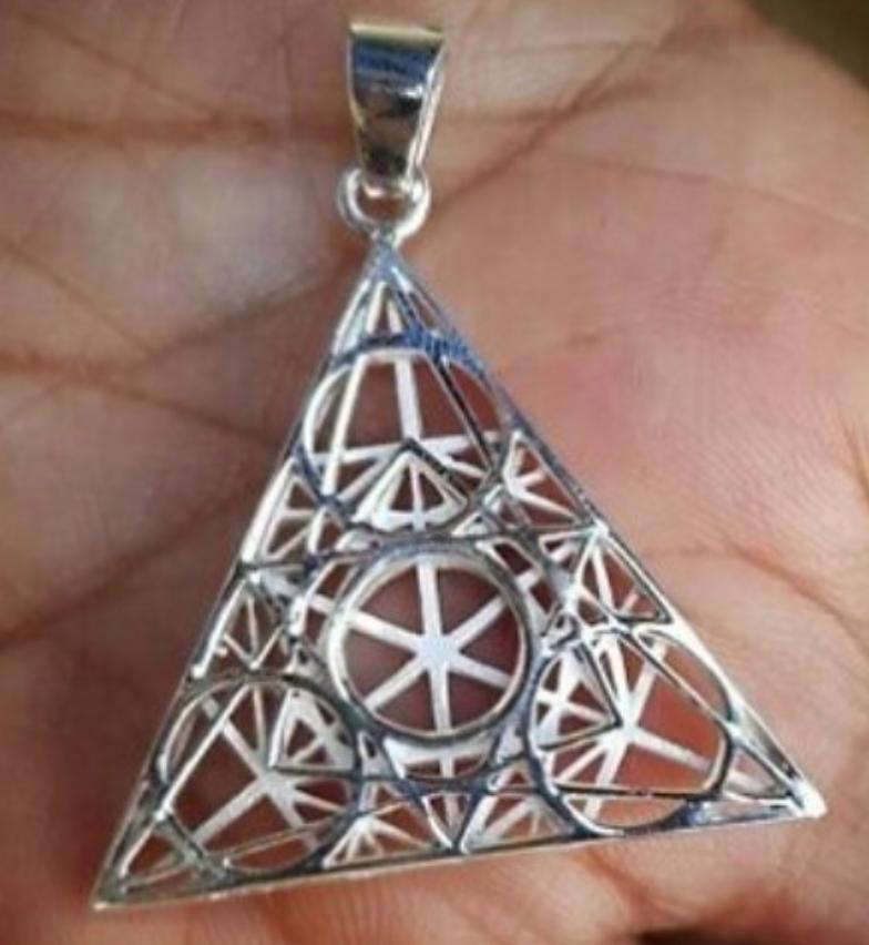 TetraGramaGrid,  {silver}